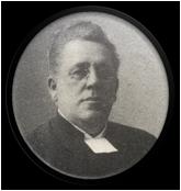 Svartvitt porträtt av kyrkoherde Carl Hurtig