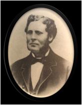 Svartvitt porträtt av Olof Bergström.